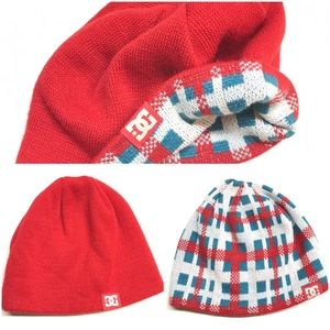 DC Red reversible knit hat unisex adult / Youth